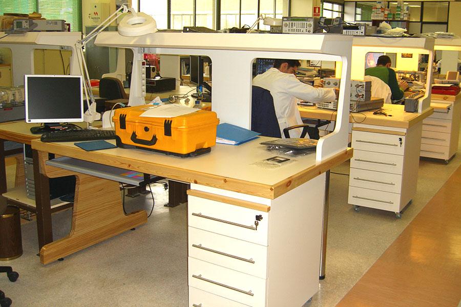 Fabricación de escritorios de oficina